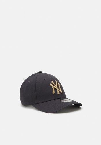 Y LEAGUE ESS 9FORTY NEW YORK YANKEES UNISEX