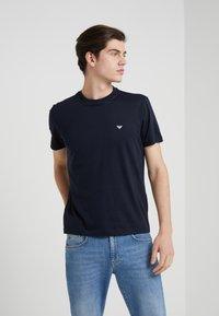 Emporio Armani - 2 PACK - T-shirts basic - dark blue - 1