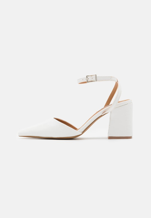 ANKLE STRAP  - Pumps - white