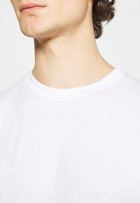Denim Project - 3 PACK - Basic T-shirt - white - 5