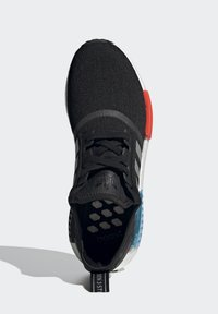 adidas Originals - NMD_R1 UNISEX - Trainers - core black/silver metallic/solar red - 2
