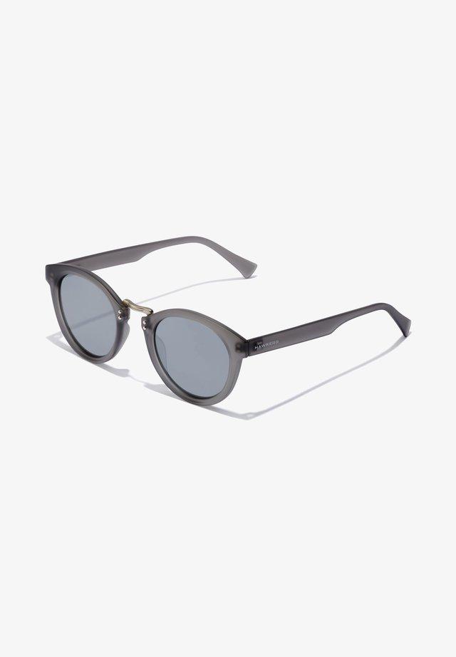 WHIMSY - Aurinkolasit - grey