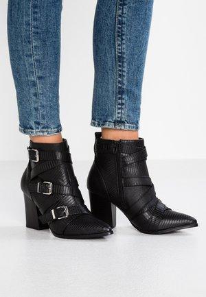 ELENOR - Kotníková obuv - black