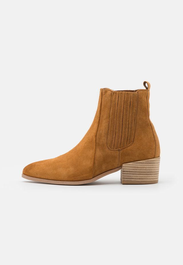 SAGE  - Korte laarzen - tan
