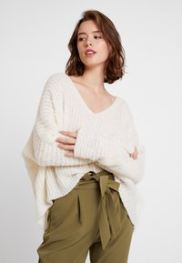 Free People - MOONBEAM - Svetr - ivory - 0