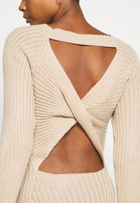 Nly by Nelly - TWISTED BACK DRESS - Jumper dress - beige - 5