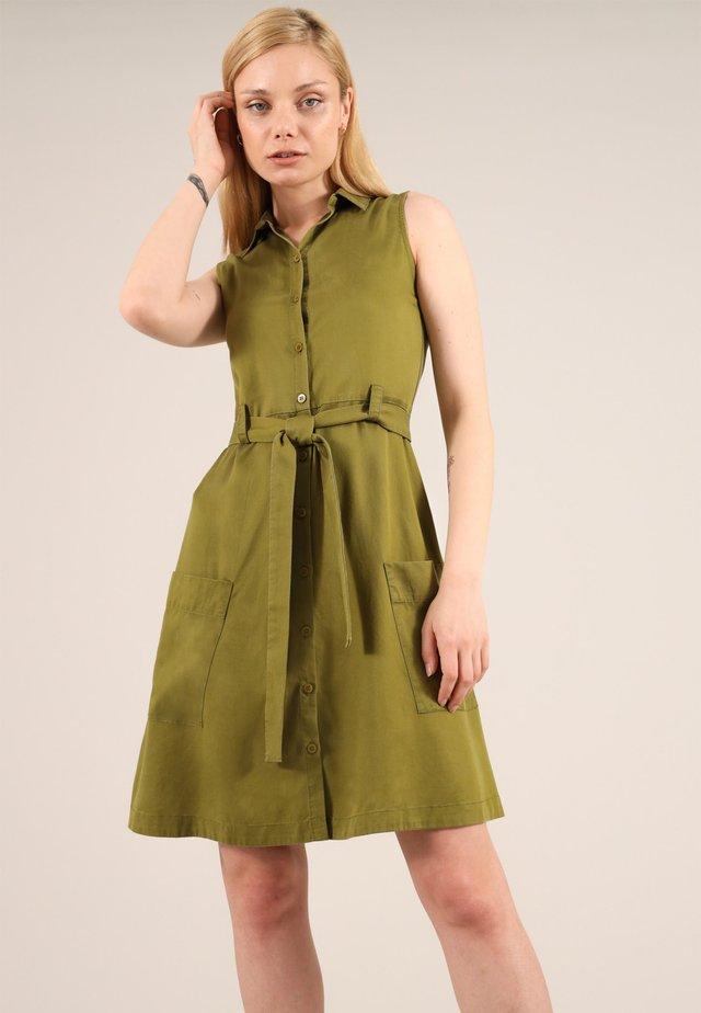 Shirt dress - olive