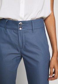 Mos Mosh - BLAKE NIGHT LONG PANT - Spodnie materiałowe - indigo blue - 5
