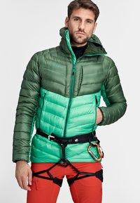 Mammut - BROAD PEAK  - Winter jacket - deep emerald-woods - 2