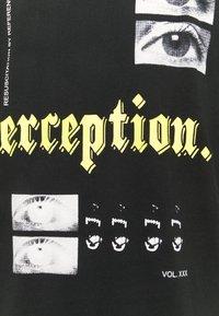 Night Addict - PERCEPT - T-shirt med print - black - 2