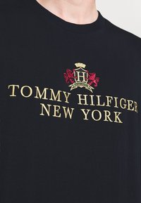 Tommy Hilfiger - SMALL CREST ICON TEE - T-shirt à manches longues - blue - 5