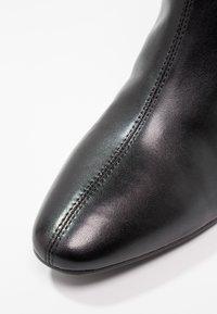 Vagabond - ALICE - Støvletter - black - 6