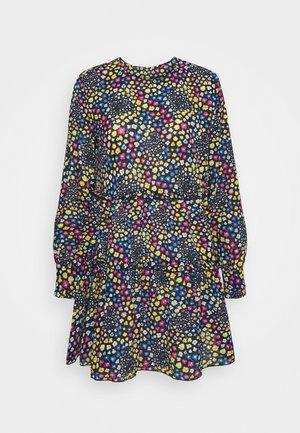 JDYLEA SHORT DRESS  - Denní šaty - black/multicolor