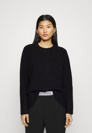 NOR LONG - Stickad tröja - black