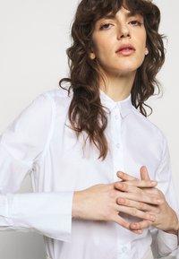 By Malene Birger - CALANI - Skjorta - pure white - 4