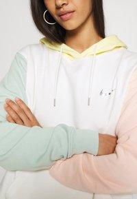 Nike Sportswear - HOODIE - Kapuzenpullover - sail - 5