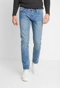 TOM TAILOR DENIM - SLIM PIERS - Slim fit jeans - bright blue denim - 0