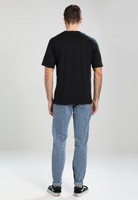 Columbia - BASIC LOGO SHORT SLEEVE - T-shirt imprimé - black - 2