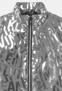 Calvin Klein Jeans - LOGO  - Light jacket - silver - 2