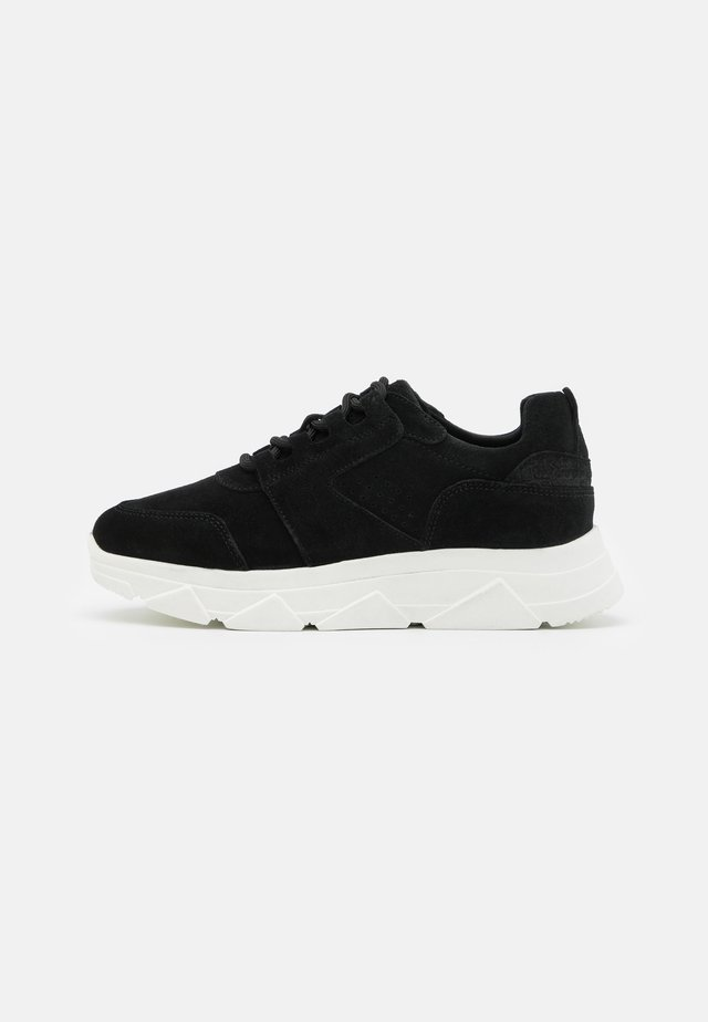 VMNUE  - Sneakers laag - black
