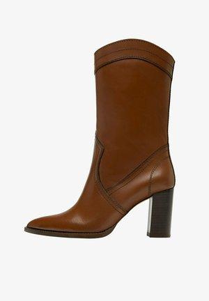 MIT ABSATZ - Cowboy/biker ankle boot - brown