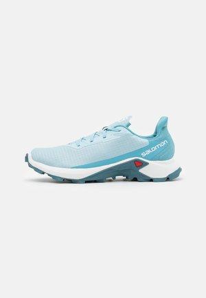 ALPHACROSS 3  - Běžecké boty do terénu - crystal blue/white/delphinium blue