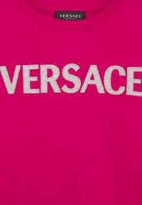 Versace - FELPA - Sweatshirt - fuxia - 2