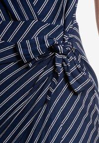 Vive Maria - Shift dress - blau allover - 5