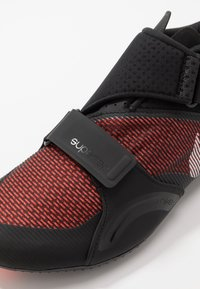 Nike Performance - SUPERREP CYCLE - Cycling shoes - black/metallic silver/hyper crimson - 6