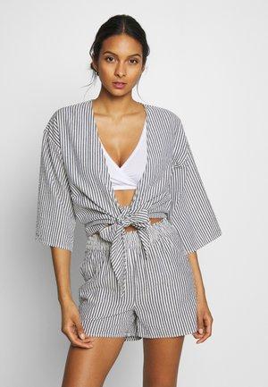 YASSISLA TIE SHIRT - Pyžamový top - white/black