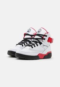 Ewing - 33 X SO SO DEF - Zapatillas altas - white/black/red - 1