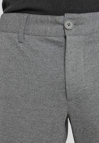 Only & Sons - ONSMARK PANT - Tygbyxor - medium grey melange - 3