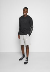 Nike Sportswear - MODERN - Shorts - smoke grey/ice silver/white - 1