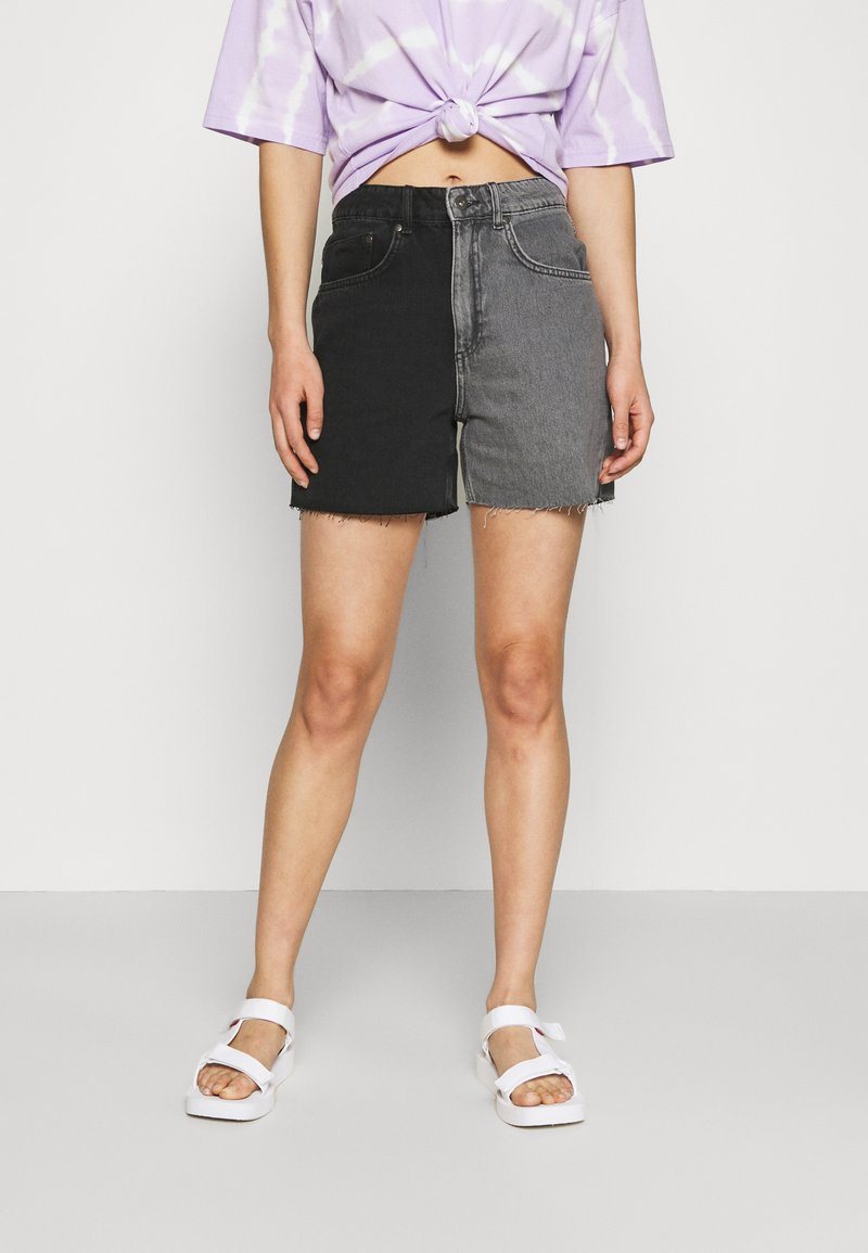 The Ragged Priest - HALF AND HALF - Jeansshorts - charcoal