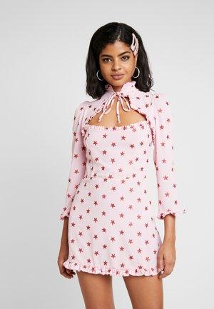 STAR DRESS - Etuikjole - pink