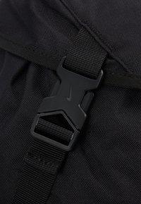 Nike Sportswear - HERITAGE UNISEX - Batoh - black/white - 9