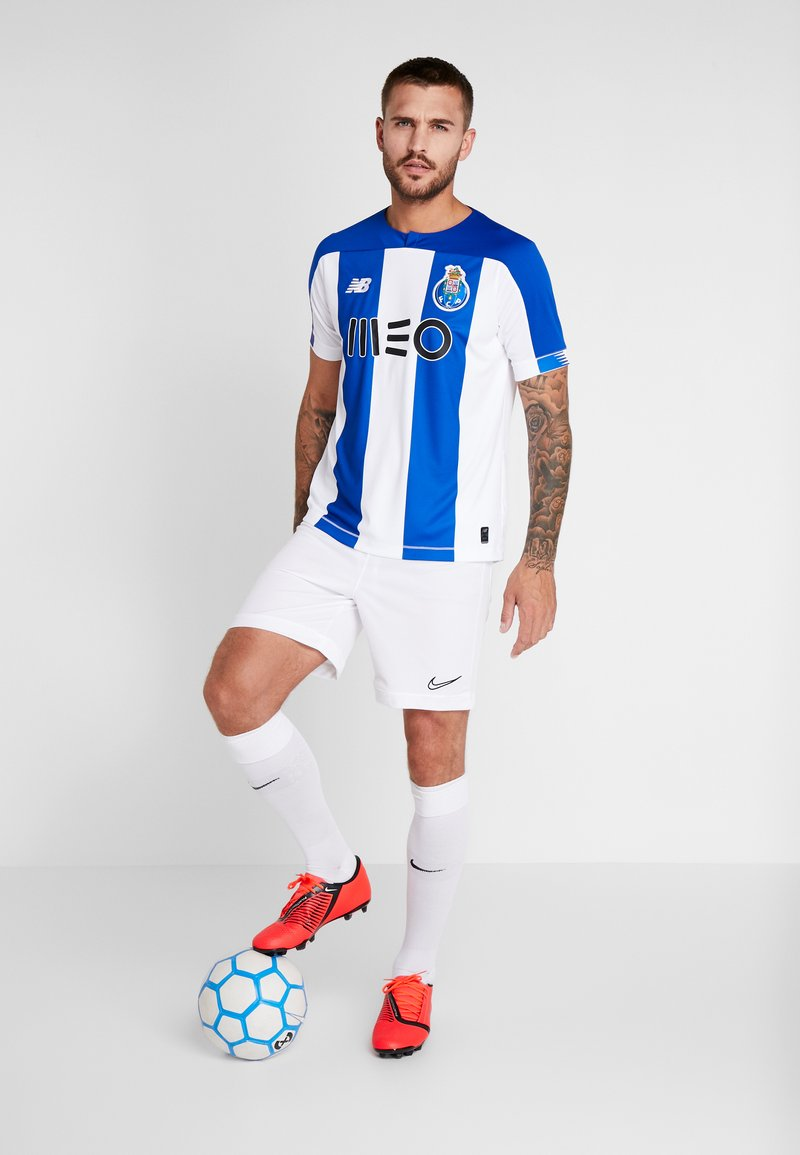 Instantáneamente erupción Mejorar  New Balance FC PORTO HOME - Club wear - white/blue/white - Zalando.co.uk