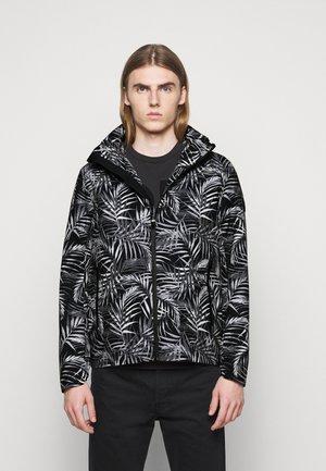 PRINTED - Lehká bunda - black