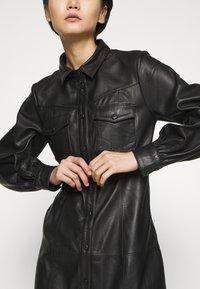 Bruuns Bazaar - PECAN ZADENA DRESS - Košilové šaty - black - 8