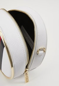 Tommy Hilfiger - STATEMENT CROSSOVER - Across body bag - white - 4