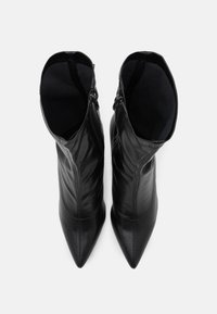 4th & Reckless - LUTHER - Kozačky na vysokém podpatku - black - 5