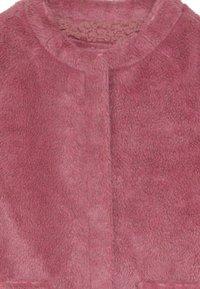 Friboo - Zimní kabát - pink - 3