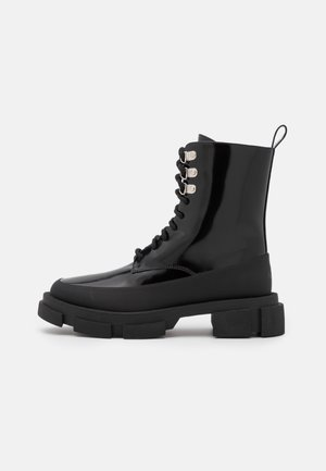 ANFIBIO FONDO COMBAT - Lace-up ankle boots - nero