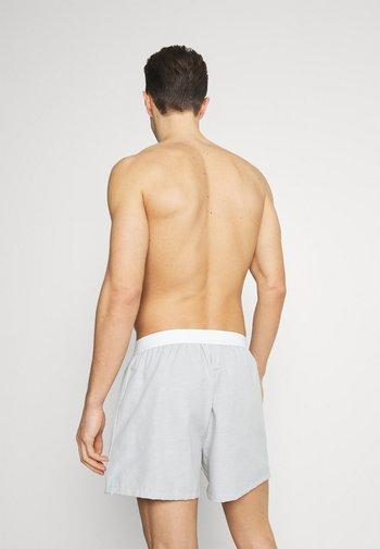 3 PACK - Boxer shorts - light grey