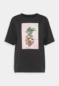 Monki - TOVI TEE - Print T-shirt - black - 5