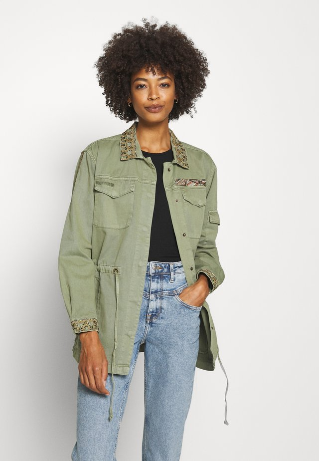 JOSEFINE JACKET - Chaqueta fina - oil green