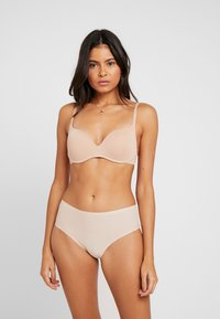 Fantasie - SMOOTHEASE INVISIBLE STRETCH BRIEF - Pants - natural beige - 1
