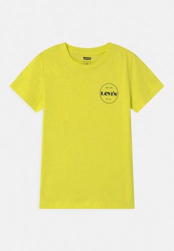 GRAPHIC - Print T-shirt - limeade