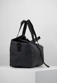Bree - PUNCH - Weekendbag - black - 3