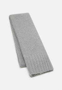 Pier One - UNISEX SET - Scarf - light grey - 1